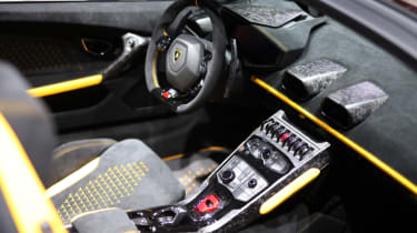 Lamborghini Huracan Performante Spyder interior