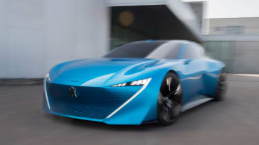 Peugeot Instinct Concept - front tracking