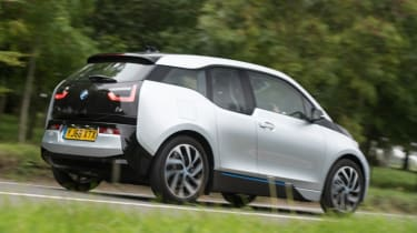 BMW i3 REx 94AH - new rear tracking