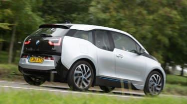 BMW i3 REx 94AH - new rear tracking