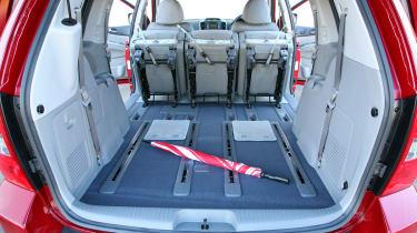 Kia Sedona boot seats folded