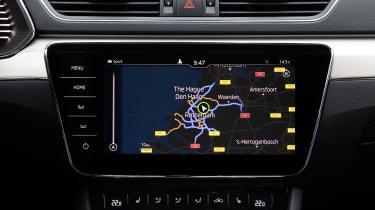 Skoda Superb iV - navigation