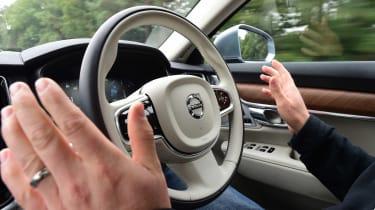 Volvo V90 - self-driving