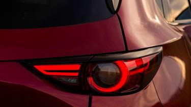 Mazda CX-5 2.2d Sport Nav - taillight