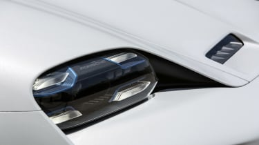 Porsche Mission E Cross Turimso - front light