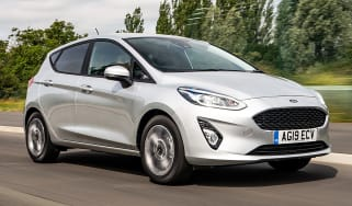 Ford Fiesta Trend - front tracking