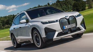 BMW iX - front tracking