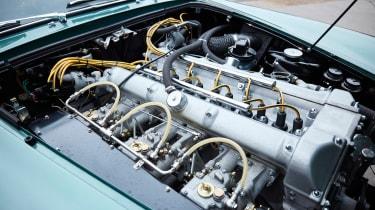 Aston Martin DB4 GT - engine