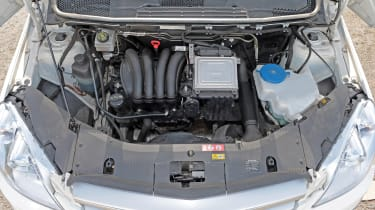 Used Mercedes B-Class - engine