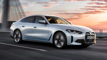 BMW i4 - front tracking