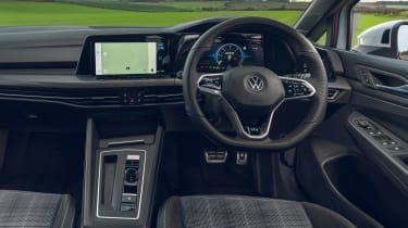 Volkswagen Golf GTD - dash