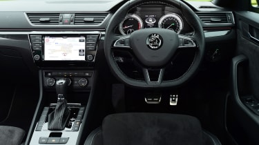 Skoda Superb Sportline - dash