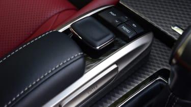 Lexus GS 450h F Sport - interior detail