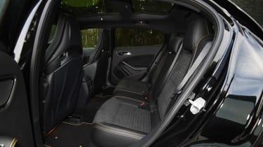 Mercedes-AMG GLA 45 Yellow Night Edition - rear seats