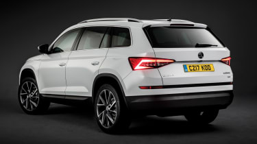 Skoda Kodiaq SUV 2016 - white rear quarter