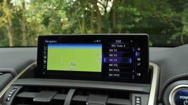 Lexus NX - sat-nav
