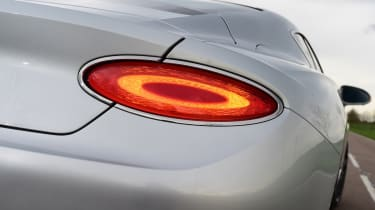 2018 Bentley Continental GT - tail light