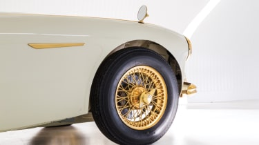 Austin Healey 100-Six - wire wheels