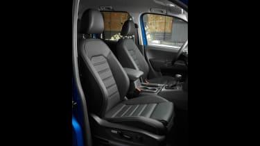Volkswagen Amarok facelift - seats