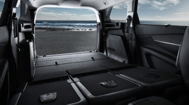 New Peugeot 5008 2016 - boot seats down