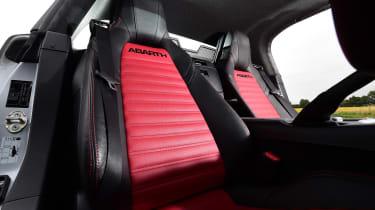 Abarth 124 GT - seats