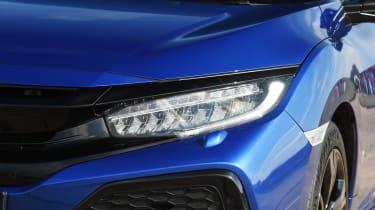 Honda Civic Diesel - front light