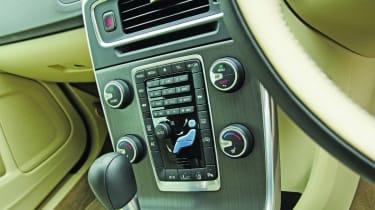 Volvo S60 centre console