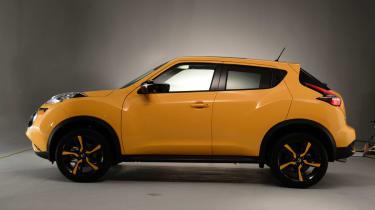 Nissan Juke 2014 - side