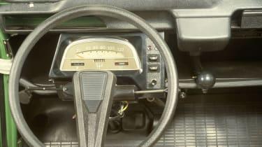 Citroen 2CV - interior