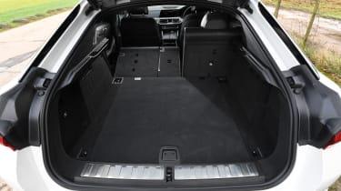 BMW X6 twin test - boot