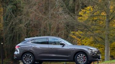 Maserati Levante GranLusso - side