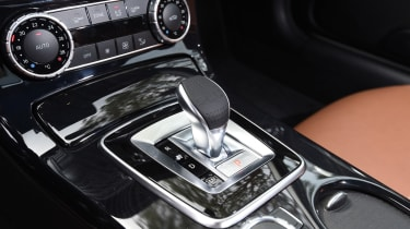 Mercedes SLC roadster 2016 - gearlever