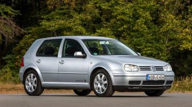 Volkswagen Golf Mk4 - front 3/4 static