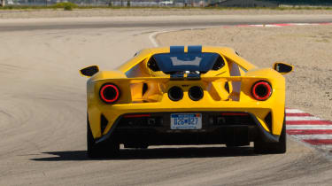 Ford GT - track full rear