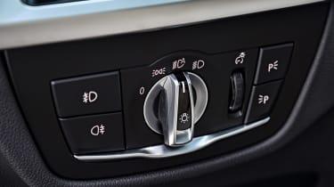 BMW X3 M40i - light controls