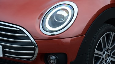 MINI Clubman - front light