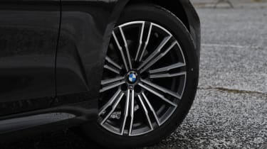 BMW 3 Series Touring - wheel