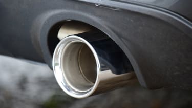 BMW X2 - exhaust