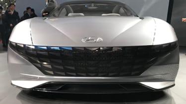 Hyundai Le Fil concept head on