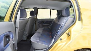 Renault Clio old vs new - Mk2 rear seats