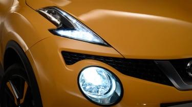 Nissan Juke 2014 headlights