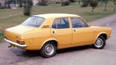 Top 10 worst cars - Morris Marina beige rear