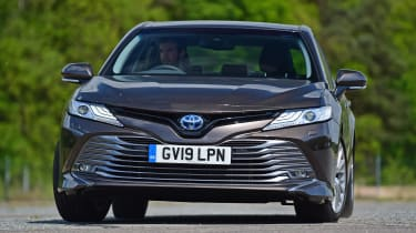 Toyota Camry - front cornering