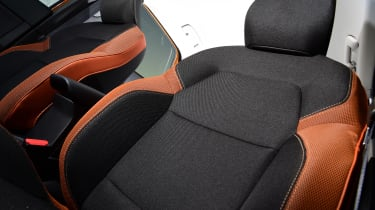 Renault Captur - seats