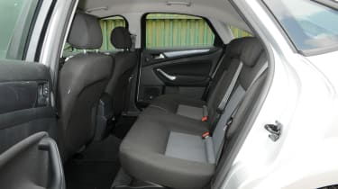 Ford Mondeo Graphite rear seats