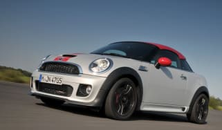 MINI John Cooper Works Coupé