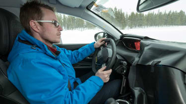 Peugeot 3008 Advanced Grip Control test sean driving