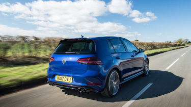 Volkswagen Golf R 2017 rear tracking