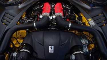 Ferrari California T Handling Speciale - engine