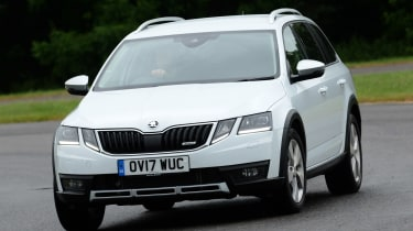 Skoda Octavia Scout review - front action
